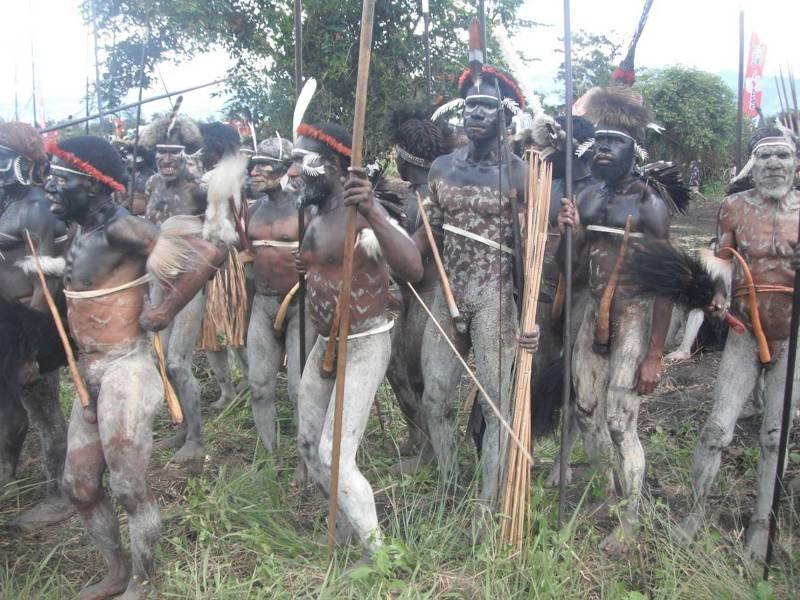 Племя с длинными членами фото 803-142